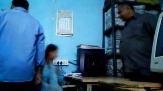 રશિયન દંપતી બાથરૂમમાં સનીલીયોન ના સેકસી ફોટા