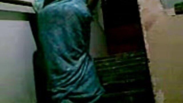 પોર્ન સેકસી વીડીયો ફીલમ મસાજ સ્ત્રીઓ લેડી સોનિયા (લેડી સોનિયા)