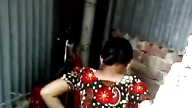 વાસ્તવિક રશિયન પોર્ન છુપાયેલા કેમેરા એચડી બીપી સેકસી