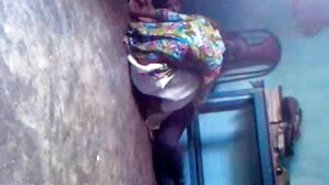 જૂના નર્સ પુત્રી ઈન કાયદો શીલભંગ એચ ડી સેકસી વીડિયો માટે લલચાવવું
