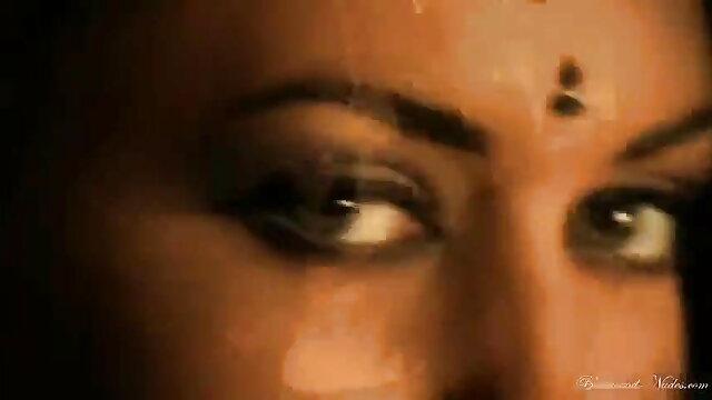 હોટ છોકરી લાવે માણસ પીડાય ગુજરાતી સેકસી વીડીયો આપો છે