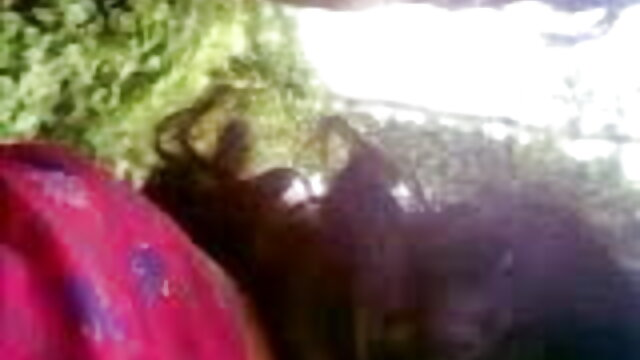 બેવડી ગાંડ મારવી સેક્સ સાથે રસદાર સેકસી ગુજરાતી મોમ