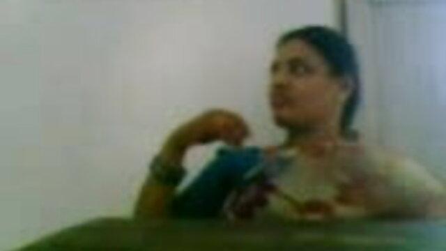 એક ગુજરાતી સેકસી વીડીયો આપો જૂથ, કન્યાઓ જાંઘિયો લઈ